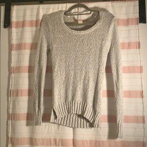 Cute grey roxy sweater!
